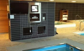 HydroWorx Pool camera to monitor displays