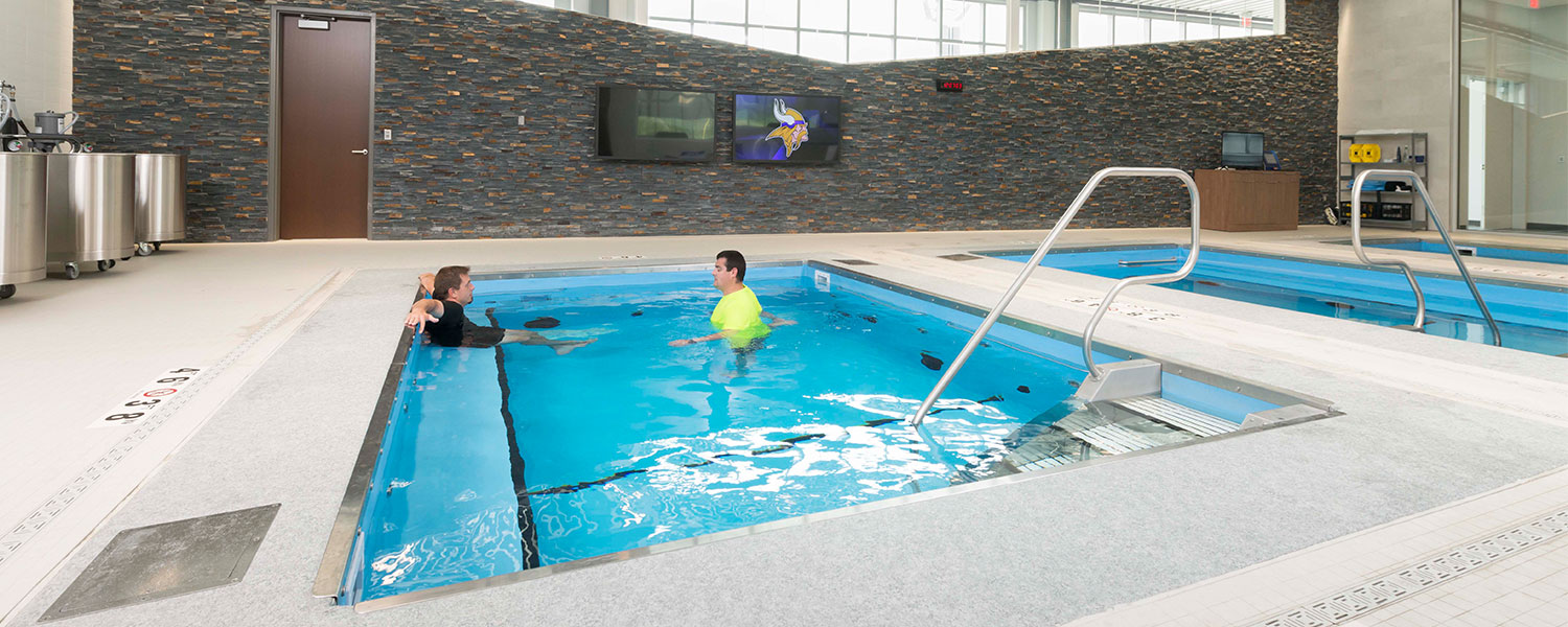 Warm & Cold Plunge Pool Therapy for Athletes - HydroWorx®