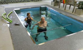 Carolina HydroWorx Facility group water training