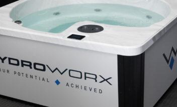 HydroWorx THRIVE Plunge